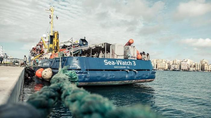 """Italien beschlagnahmt """"Sea-Watch 3"""""""