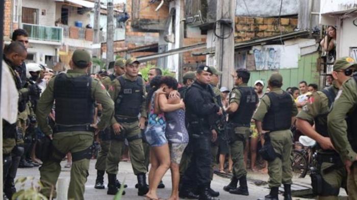 Brasil:   Al menos 11 muertos por un tiroteo masivo en un bar
