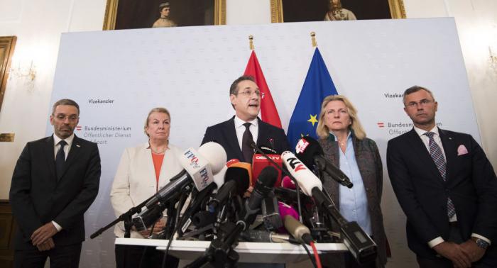 """Österreichs """"Ibiza-Skandal"""": Wie die Politik weltweit gekauft wird"""
