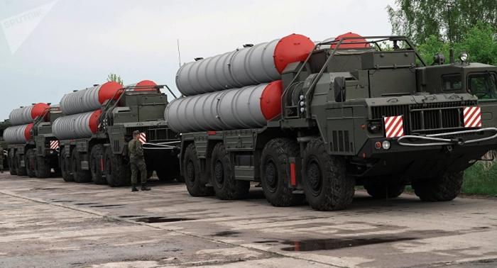 Turquía afirma que los primeros sistemas antiaéreos rusos S-400 podrían llegar en junio