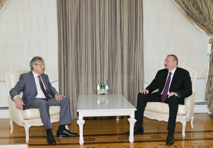 Präsident Ilham Aliyev empfängt Alexander Sergejewitsch