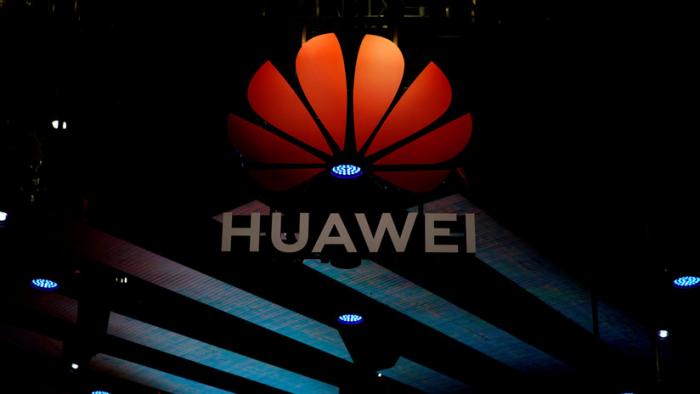 """""""EE.UU. subestima nuestra fuerza"""":   el fundador de Huawei afirma que nadie podrá aislar al gigante chino del mercado mundial"""