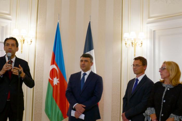 Gastronomía de 15 países es presentada en el Centro Cultural de Azerbaiyán en París