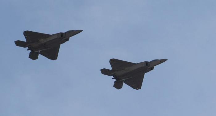 US-Luftwaffe geleitet russische Fernbomber über Arktis