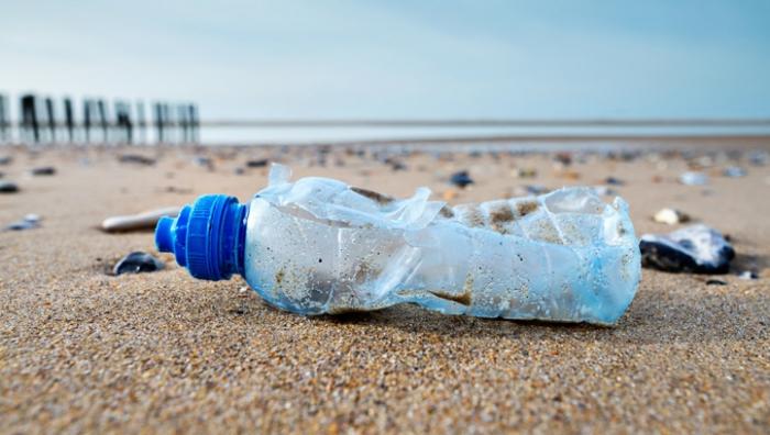 EU council bans single-use plastics for cleaner beaches
