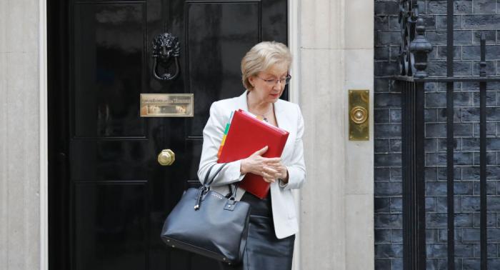 Weiterer Rückschlag für May: Britische Unterhausvorsitzende tritt zurück