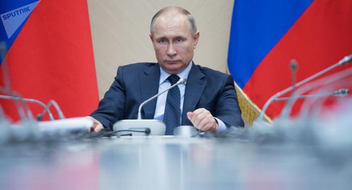 Beliebtheit: Putin im Vergleich mit Kanzler Kurz und auch Kanzlerin Merkel