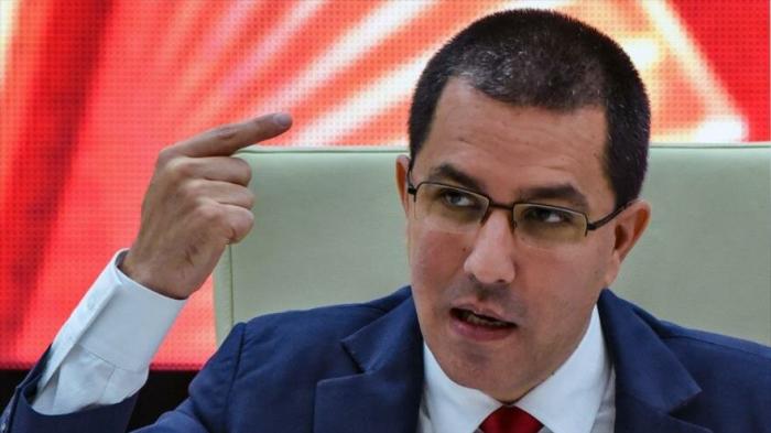 Arreaza acusa a Colombia de distraer atención pública de su país