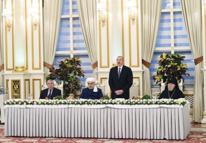 Ilham Aliyev:   Les valeurs islamiques font partie intégrante de nos valeurs nationales