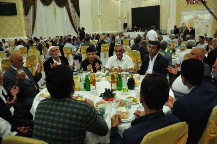 Heydər Əliyev Fondu Ağsuda iftar verib