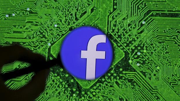 Facebook cierra más cuentas que nunca en pleno esfuerzo de reconversión
