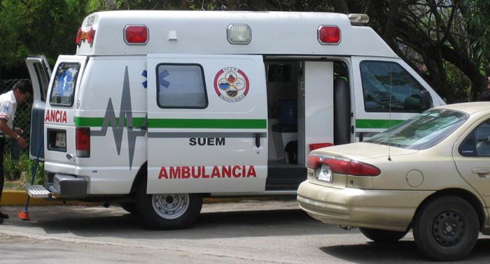 Al menos un muerto en accidente de coche de la Embajada de Guatemala en México