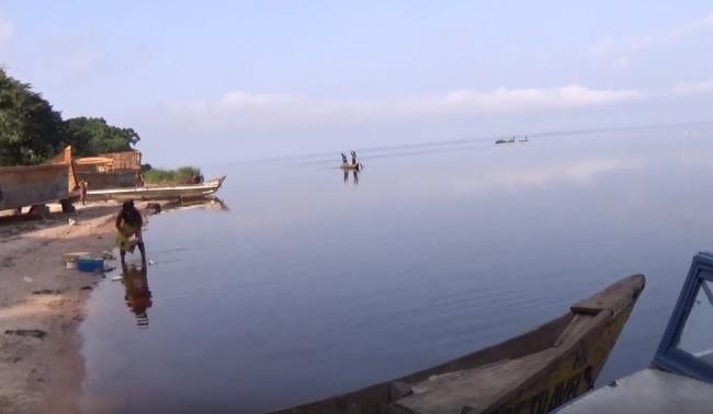 At least 30 dead, 200 missing after boat sinks on DR Congo lake