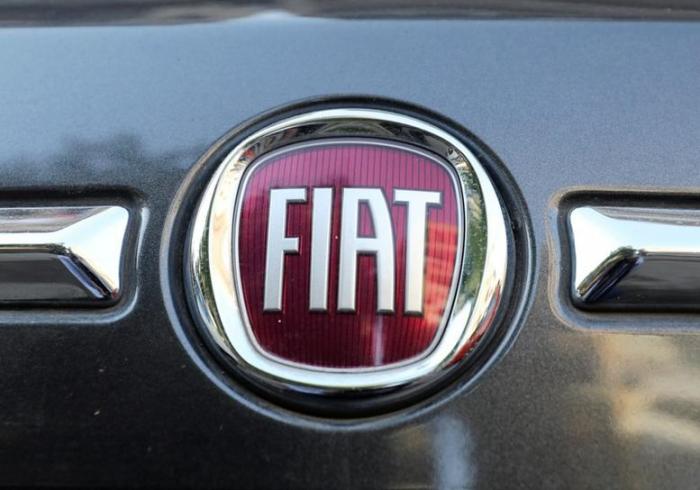 Verhalten positive Reaktion aus Paris zu geplanter Fiat-Renault-Fusion