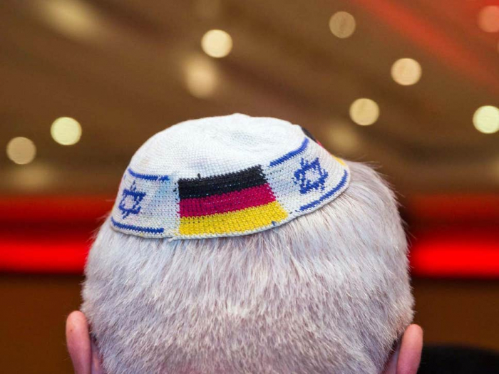 Jews told to stop wearing kippahs in parts of Germany