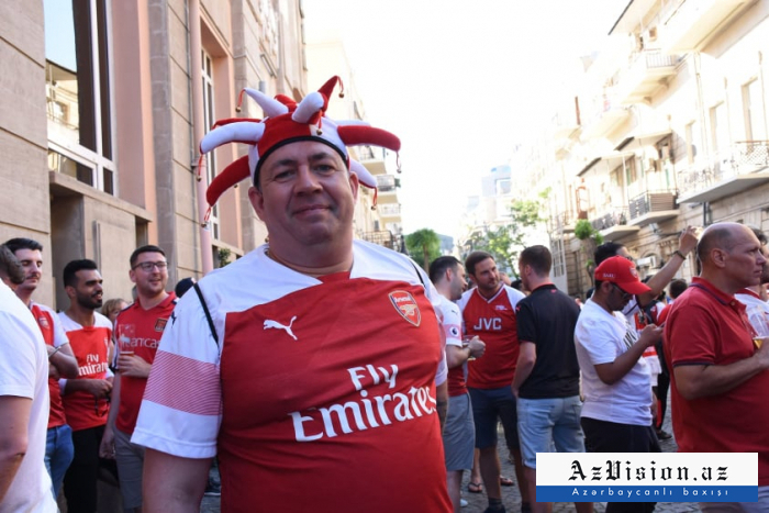 Arsenal and Chelsea fans gather in Baku-  NO COMMENT