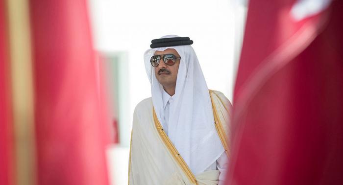 """قطر: الأمير يصدر قانونا جديدا والخارجية تحذر تجاهل """"الحق السيادي"""""""