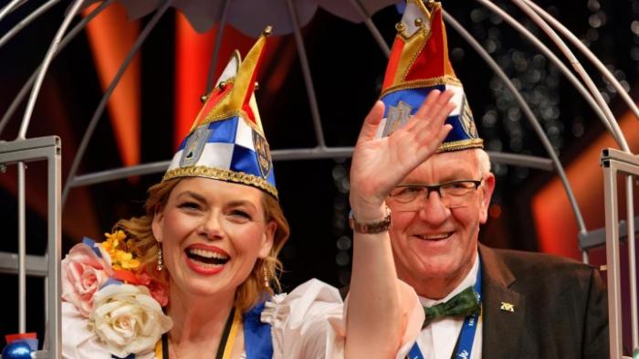 Aachener Karnevalsverein  -Frauen dürfen Mitglied werden