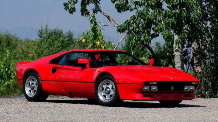 On a volé l'ancienne Ferrari d'Eddie Irvine d'une valeur de près de 2 millions d'euros
