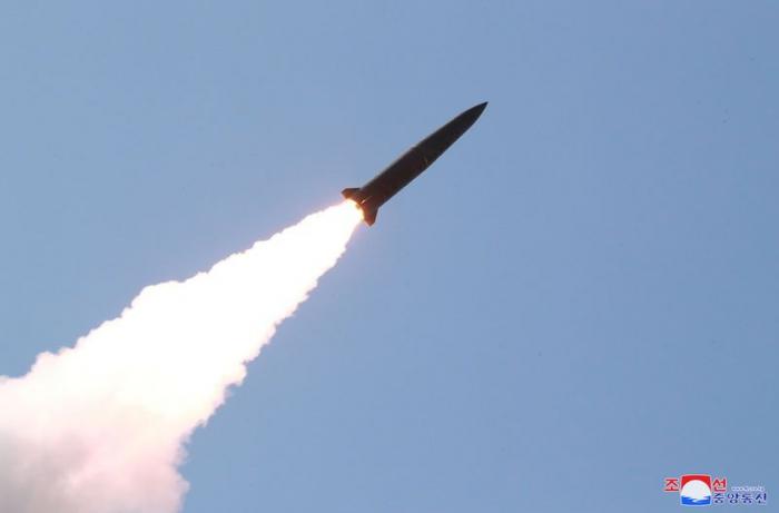 Les tirs de missiles nord-coréens violent les résolutions de l