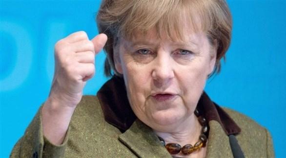 ميركل تدعو أوروبا للتصدي لأحزاب اليمين المتطرف