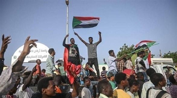 """""""العسكري"""" السوداني يعتقل مطلقي النار على المعتصمين"""