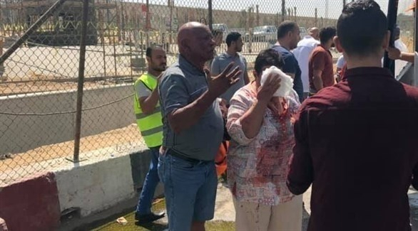 مصر: إصابة 17 شخصاً بانفجار حافلة سياحية