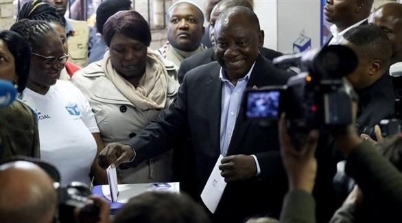 """رامابوزا يؤدي اليمين الدستورية ويعد جنوب أفريقيا بـ""""أيام أفضل"""""""