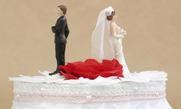 Les Irlandais votent pour libéraliser le divorce