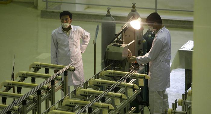 ريابكوف يبحث مع السفير الإيراني خطة العمل الشاملة لبرنامج طهران النووي