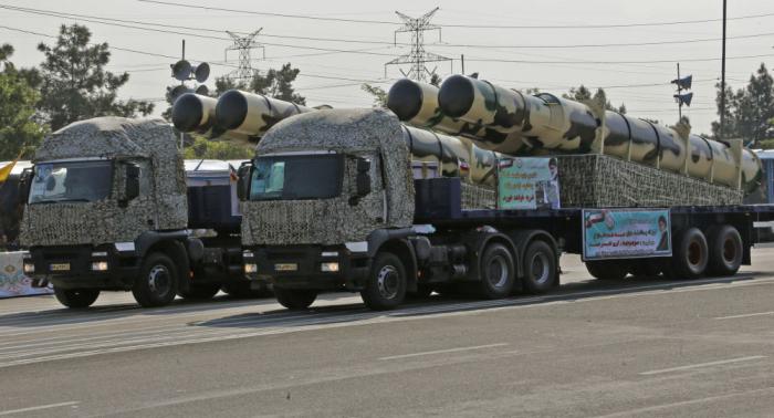 سيناتور أمريكي يتحدث عن ضربتين تحسمان أي حرب مع إيران
