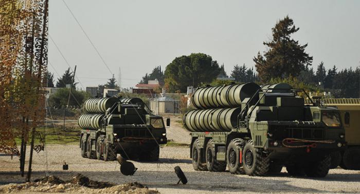 """الكرملين: مطالبة الولايات المتحدة تركيا بالتخلي عن صفقة """"إس-400"""" أمر سلبي"""