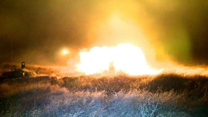 Ordumuzun təlimlərində gecə atışları - VİDEO+FOTOLAR