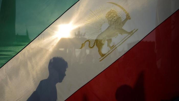 Irán suspende oficialmente algunos compromisos del acuerdo nuclear