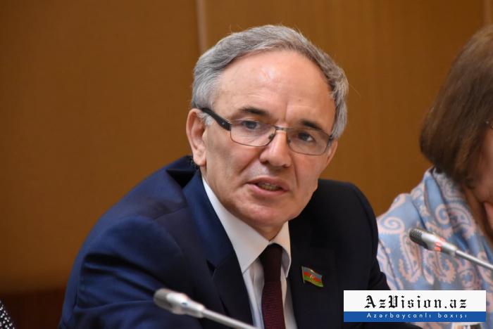 """""""Jurnalistlərin 45-55 faizi qadındır"""" - Əflatun Amaşov"""