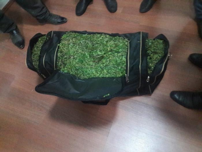 51 yaşlı kişi 19 kq marixuana ilə tutuldu - FOTO