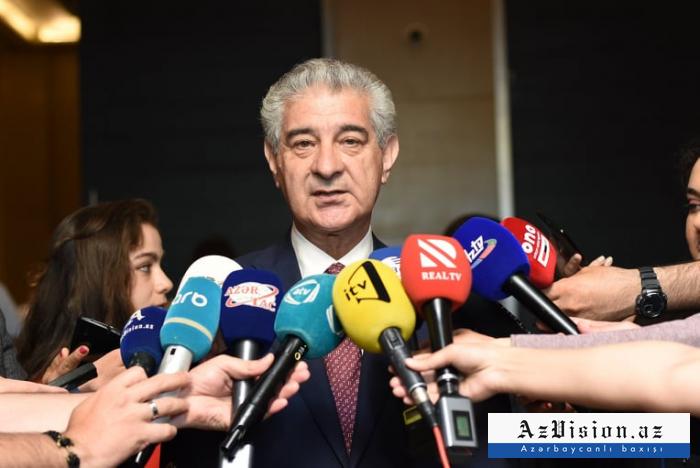 """""""Ölkəyə gələn mallar çoxdursa, deməli, alan da çoxdur"""" - Əli Əhmədov"""