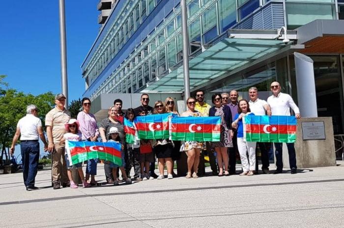 Azerbaijan Republic Day celebrated in Canada -  PHOTOS