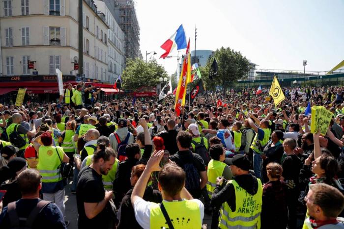 """Candidats à la Commission européenne :   les """"gilets jaunes"""", un signal d"""