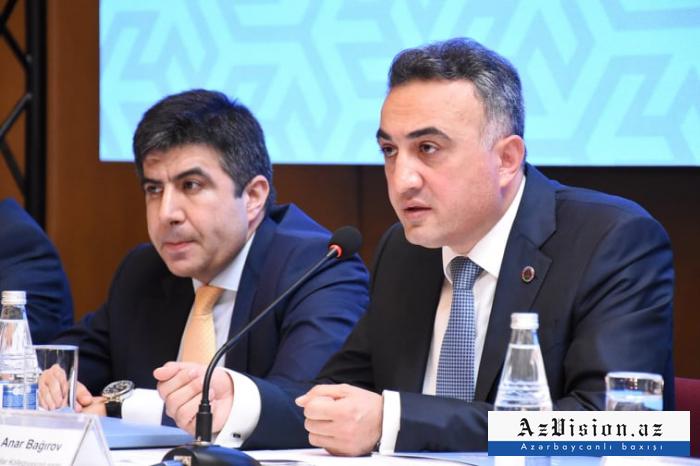 """""""Hansı sahədə 3 dəfə ödənişlər, maaşlar artırılıb?"""" - Anar Bağırov"""