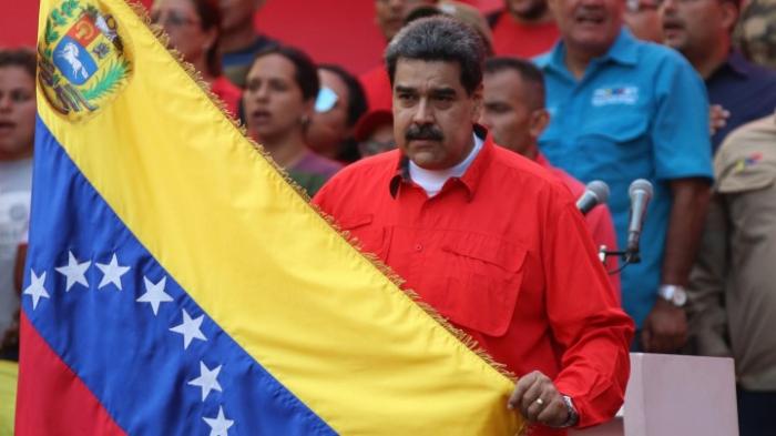 Maduro will Parlament neu wählen lassen