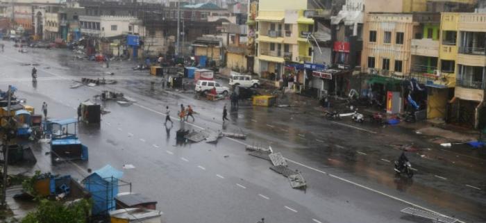 Le cyclone Fani avance vers Calcutta et le Bangladesh,   au moins 8 morts