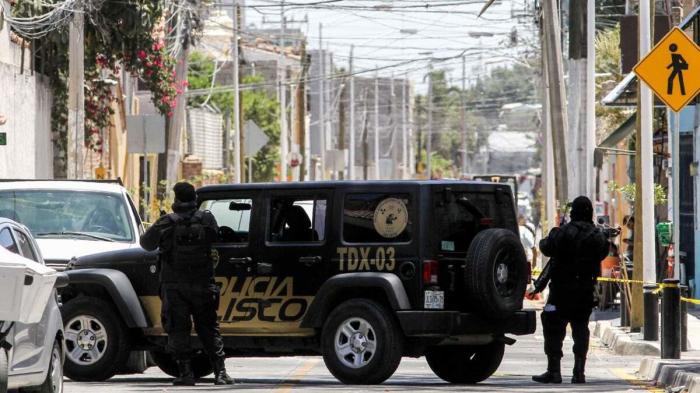 Mexique:   découverte de 3 fosses clandestines avec 35 cadavres