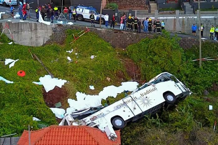 Italie:  un mort et 37 blessés  dans un accident de bus touristique