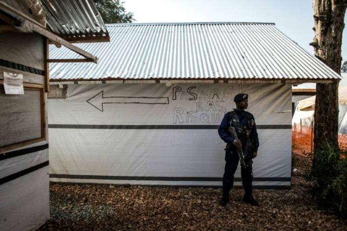 Ebola en RDC: un agent de santé tué dans un soulèvement d