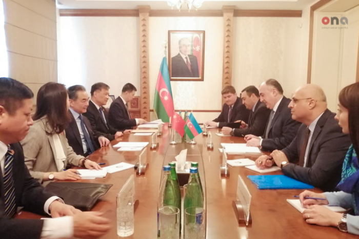 Azerbaijan, China FMs hold a meeting