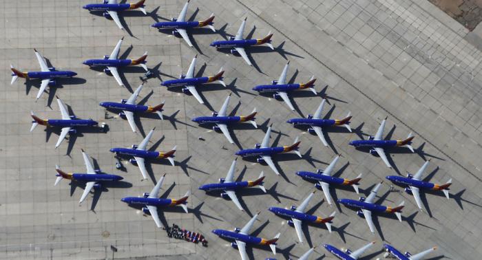 """كارثة 737 لم تنته بعد... شركة طيران تطالب """"بوينغ"""" بتعويضات كبيرة"""
