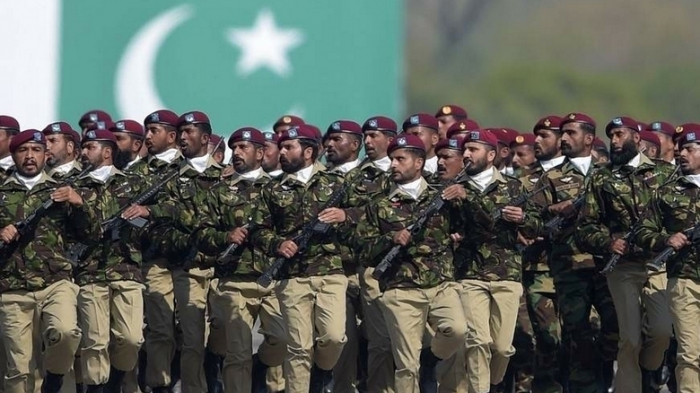 Pakistani army general given life sentence on spying charges
