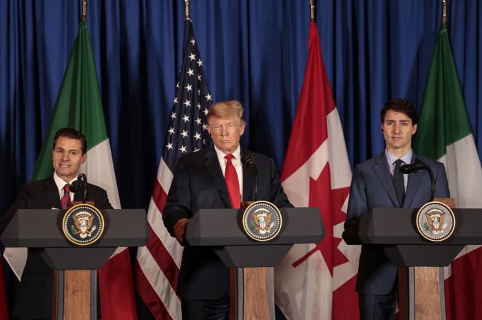 U.S. wants new trade pact with Canada, Mexico passed by summer - Pence