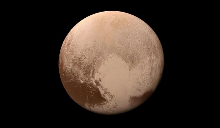 Pluton aurait un océan sous sa surface de glace